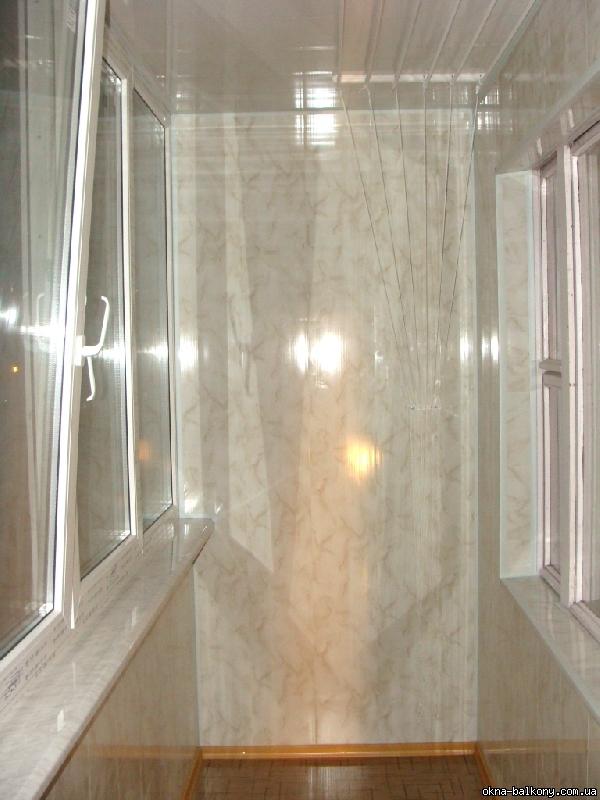 Бесшовный пластик для балкона.
